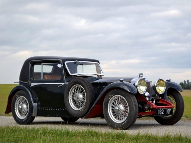 Invicta 4 ½ Litre LS-Type Low Chassis Coupe (1931).jpg
