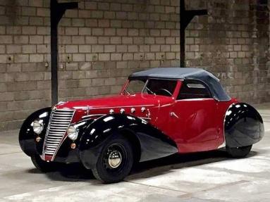 Renault Primaquatre Sport Pourtout (1939).jpg