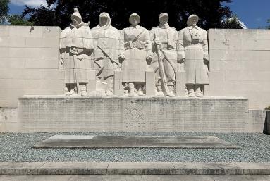 -The_Monument_aux_Enfants_de_Verdun_Morts_pour_la_France_at_Verdun.jpg
