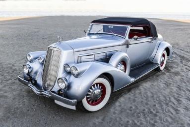 Pierce Arrow  1601 Cabriolet Coupé (1936).jpg
