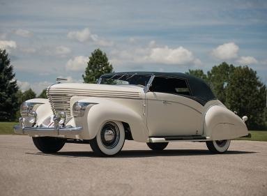 Graham-Paige Model 97 Saoutchik Cabriolet (1938).jpg