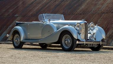 Lagonda LG45 Tourer (1937).jpg
