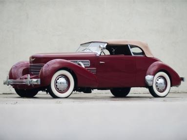 Cord 812 Phaeton (1937).jpg