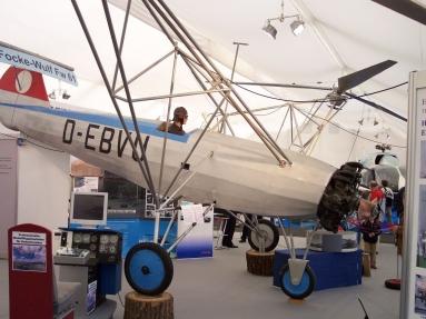 1280px-Focke-Wulf_Fw_61_vr.jpg