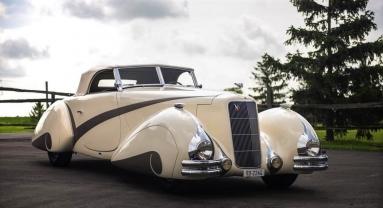 Cadillac V16 Hartmann Cabriolet (1938).jpg