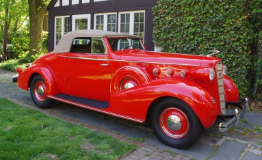 LaSalle 50 Convertible Coupe (1935).jpg